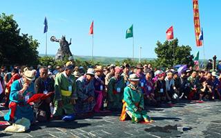契丹后裔达斡尔族斡包节的古老祭祀文化