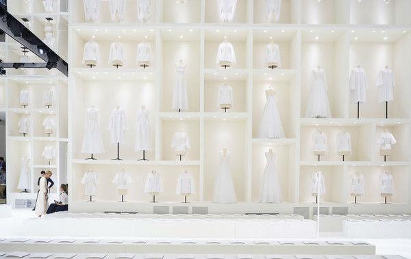 Christian Dior 2018秋冬高定秀秀场 图片来自IC