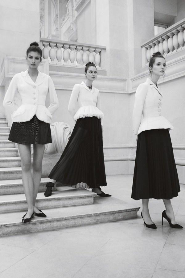 这件单品成为Dior最经典的作品,全面展现了Dior高超的裁剪工艺 图片来自品牌