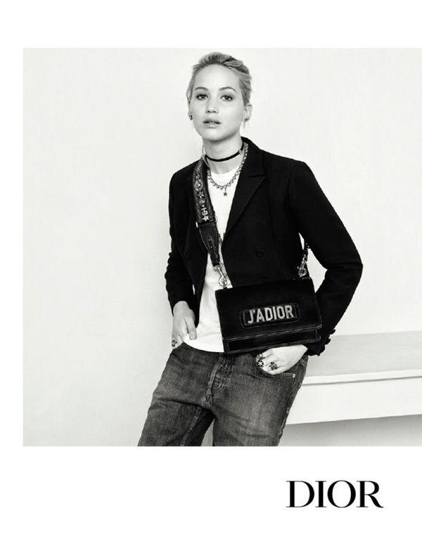 J'ADIOR包包广告 图片来自品牌