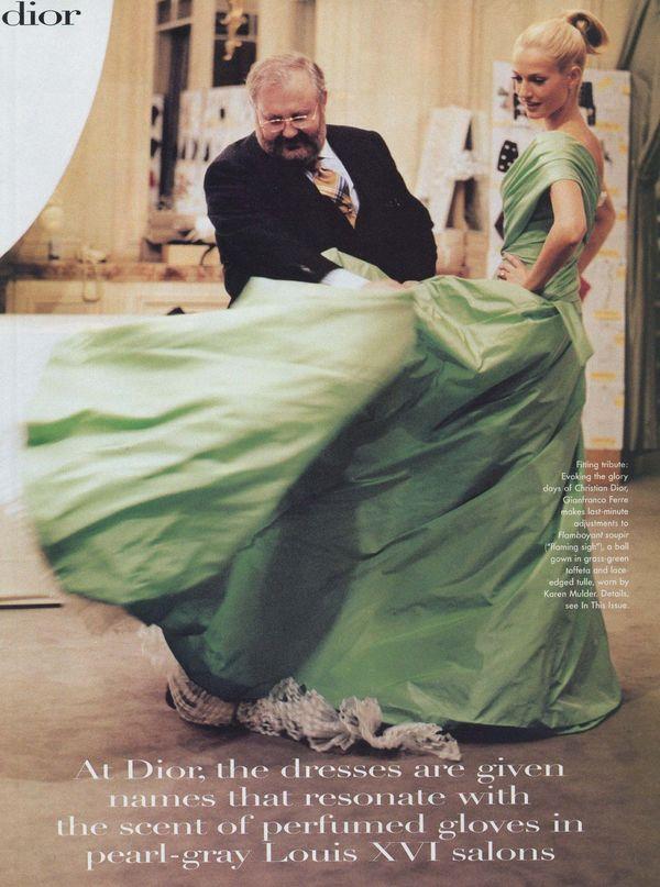 设计师Gianfranco Ferré为Dior设计的作品 图片来自品牌