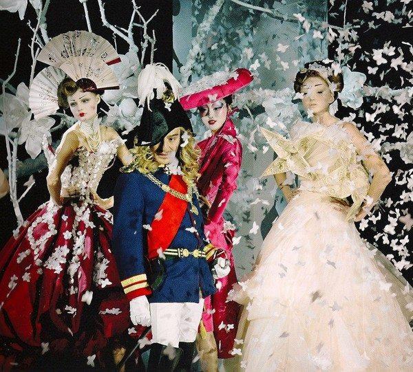 John Galliano在Dior高定秀谢幕 图片来自品牌