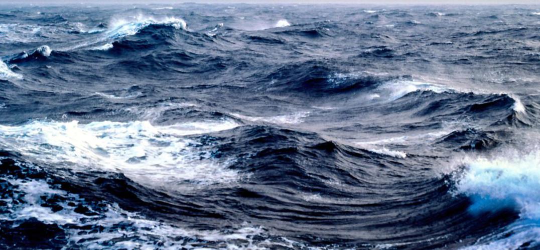 大海之上的人文之光