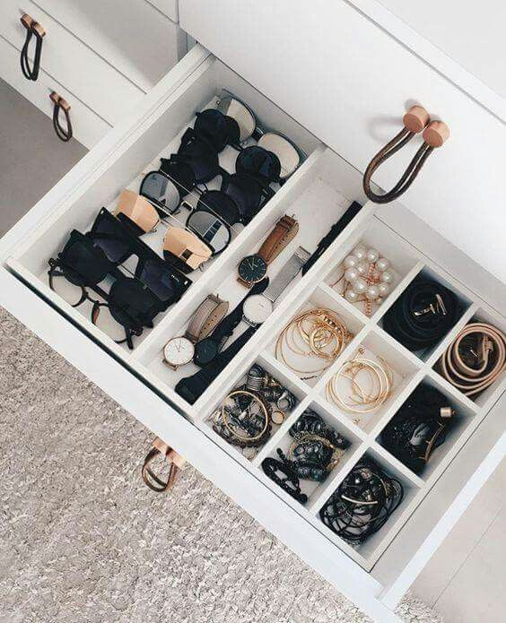 adaymag-storage-without-closet-37