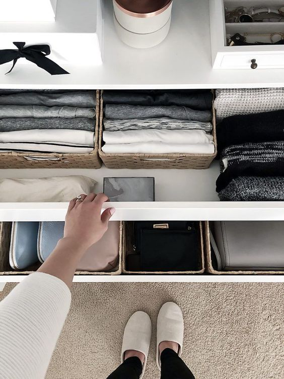 adaymag-storage-without-closet-06