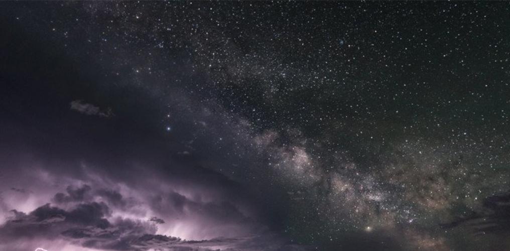 银河 星轨 闪电