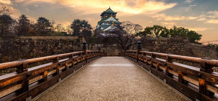 从本能寺到大坂城 徜徉于现实与历史之间