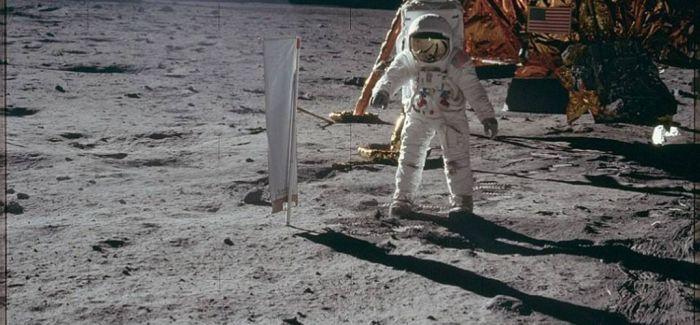 《登月第一人》将揭幕威尼斯电影节