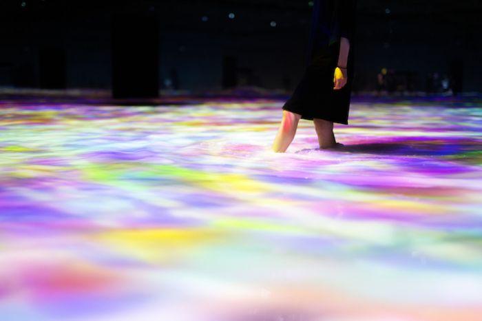 digital-art-body-immersive-exhibition-tokyo-teamlab-9