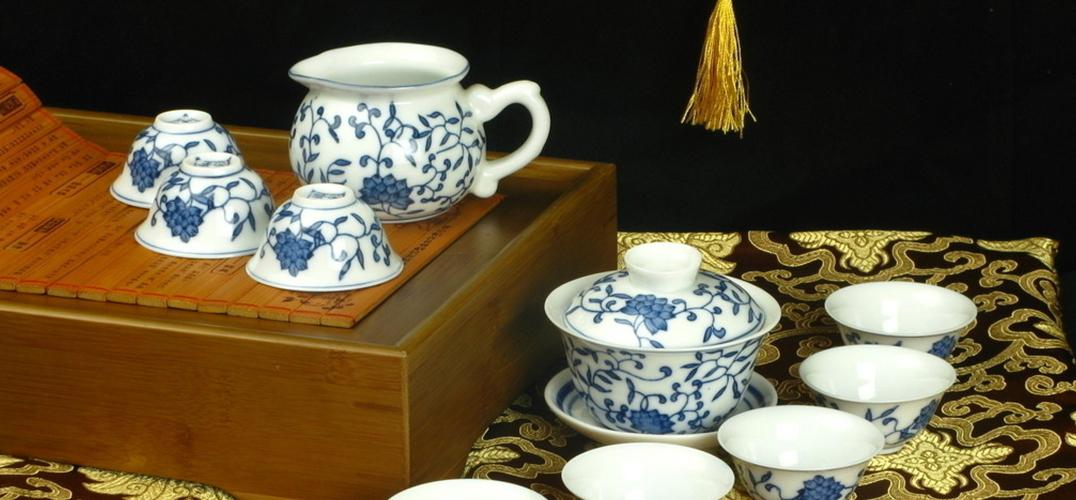 """中国瓷器的""""环球日记"""""""