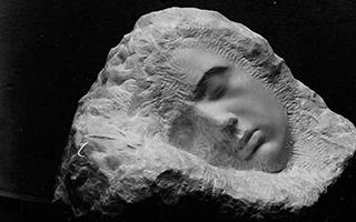 不追求神秘的雕塑家布朗库西