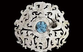 历经千年的西汉动物纹青玉嵌饰