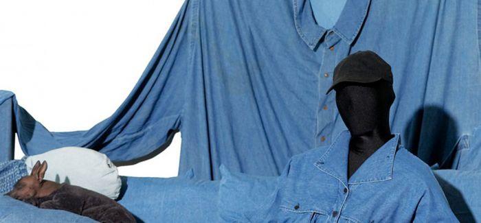 牛仔服装以沉浸式设计装置进驻博物馆