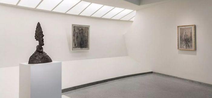 抽象的雕塑 思考的空间