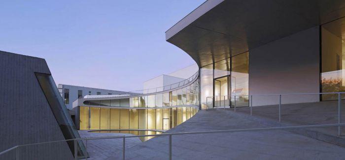 宋庄美术馆回首中国出版业的黄金年代