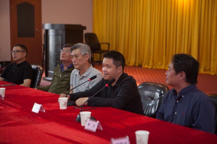 5、四川美术学院院长庞茂琨先生致辞