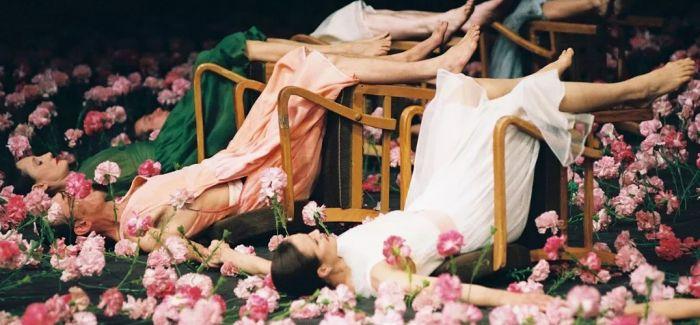 """皮娜·鲍什 用肢体展示内心的""""爱"""""""