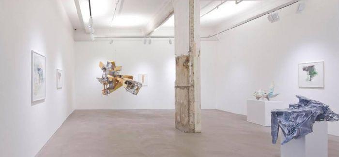 韩国艺术家李昢构建遥不可及的乌托邦