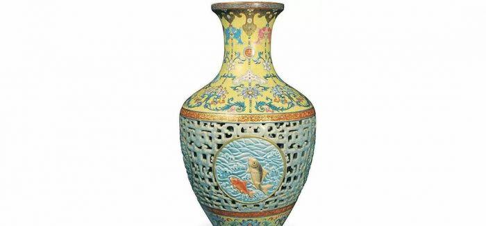 清官窑粉彩瓷瓶 将亮相苏富比秋拍