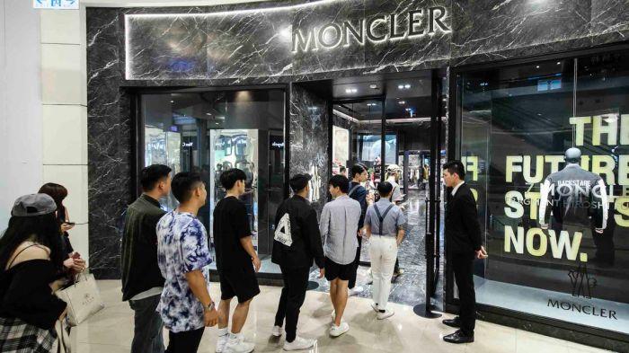 MONCLER-TAIPEI-101-2