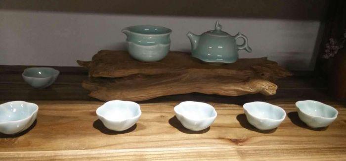 杭州陶艺茶具展成中韩茶文化交流桥梁