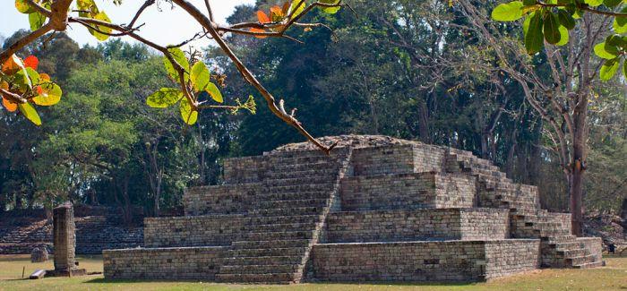 深入科潘小镇 探索玛雅文明