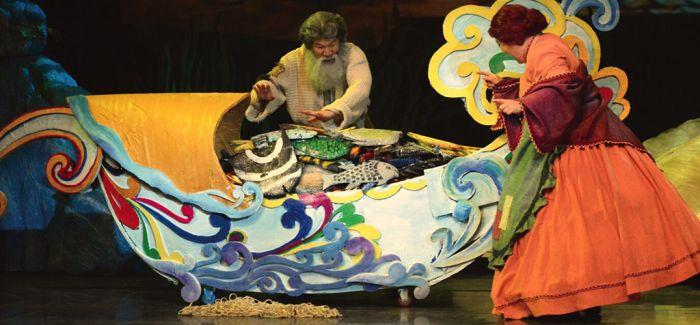 俄罗斯童话《神奇的羽毛笔》成都首演