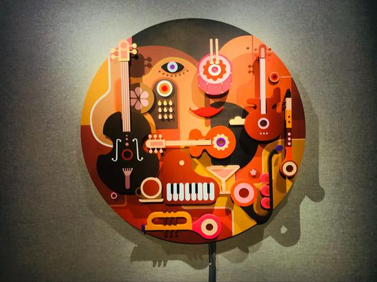 姜俏《乐在其中--爵士乐》直径 120cm 厚度9.5cm 材料亚克力、多媒体交互