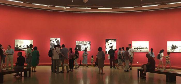 石少华摄影回顾展亮相中国美术馆