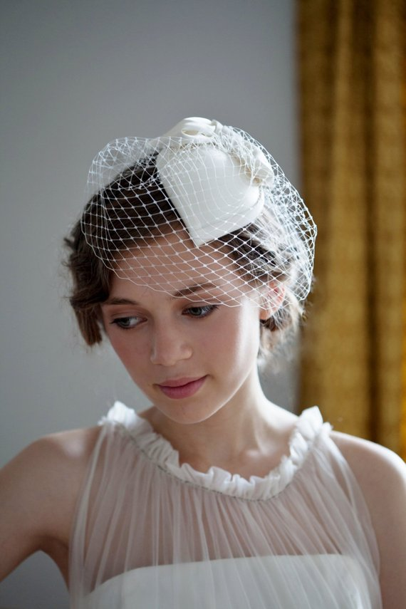 thefemin-unconventional-bridal-hair-accessories-01