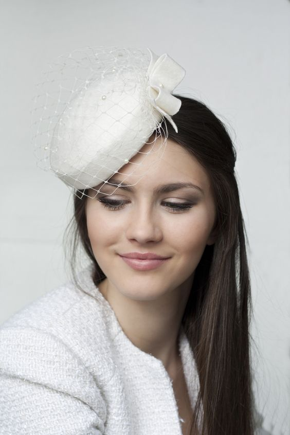 thefemin-unconventional-bridal-hair-accessories-03
