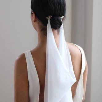 thefemin-unconventional-bridal-hair-accessories-11-332x332