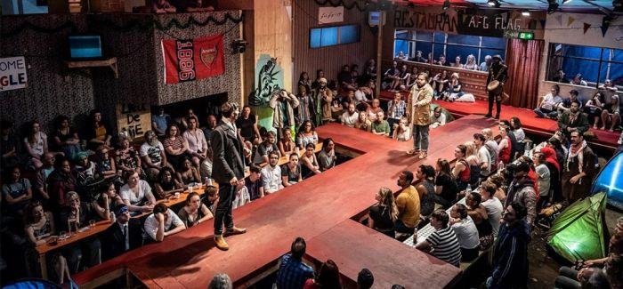 戏剧《丛林》 用艺术萃取对待难民的善意