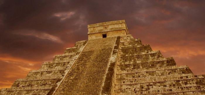 古代玛雅艺术品在深圳