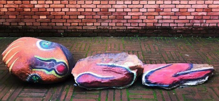 """加藤泉个展开幕 他在红砖美术馆画了无数""""妖怪""""!"""