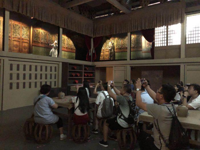 观众体验第二展厅3
