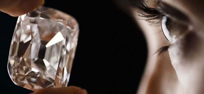 八个女人一台戏:我为宝石狂