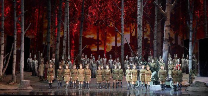 """歌剧《这里的黎明静悄悄》助推俄罗斯""""中国文化节"""""""