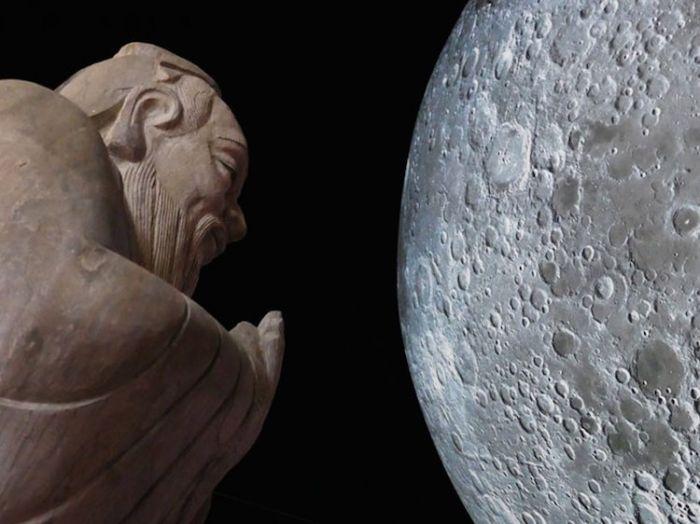 museum-of-the-moon-installation-art-luke-jerram-6