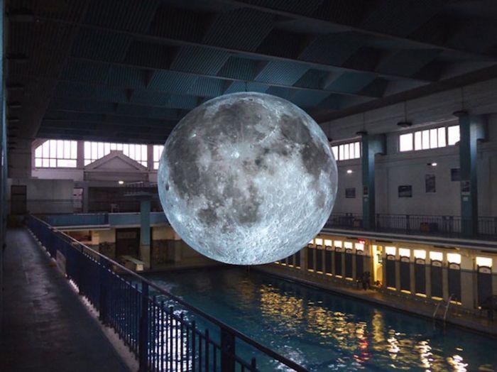 museum-of-the-moon-installation-art-luke-jerram-1