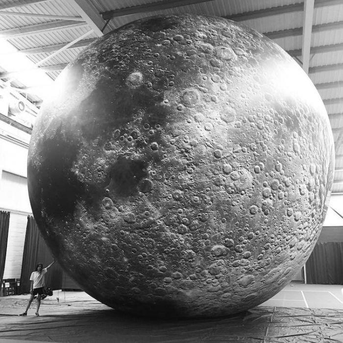 museum-of-the-moon-installation-art-luke-jerram-8