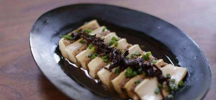 油鸡枞:一餐饭的灵魂搭配