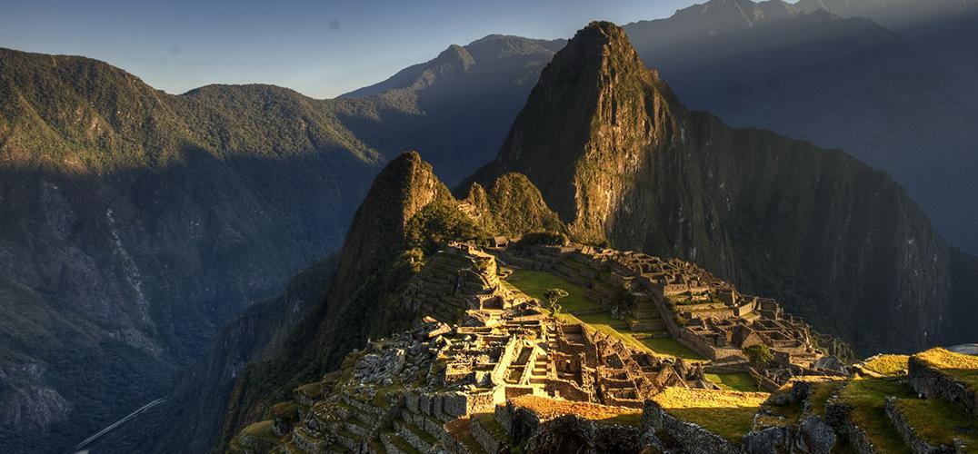 秘鲁追回流失海外黄金面具