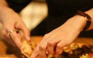 川式披萨吃出荔枝口味