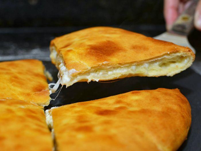 Georgia-Khachapuri