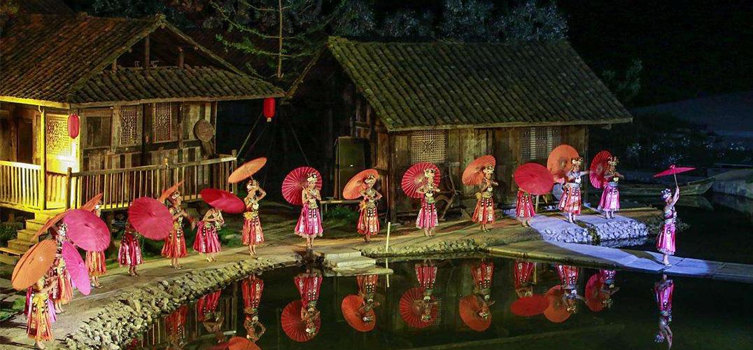 """中国音乐剧:从""""正名顺言""""到""""名正言顺"""""""