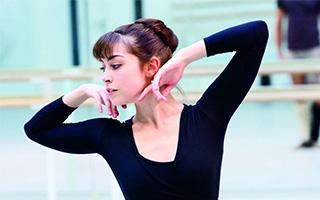 利安娜·考普:从芭蕾群舞到百老汇
