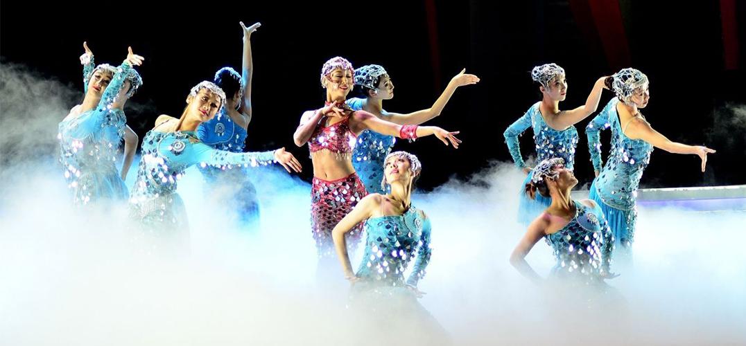当代舞剧《春天的故事》纪念改革开放40周年