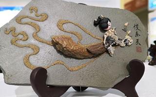 """石艺画:戈壁""""丑石""""的文化记忆"""