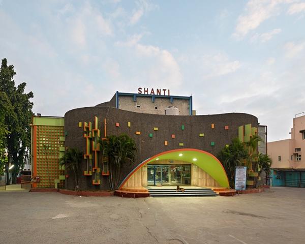 Stefanie Zoche & Sabine Haubitz:印度影院建筑